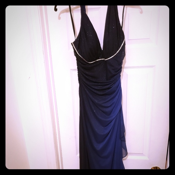 Betsy & Adam Dresses & Skirts - Shades of blue midnight halter gown.